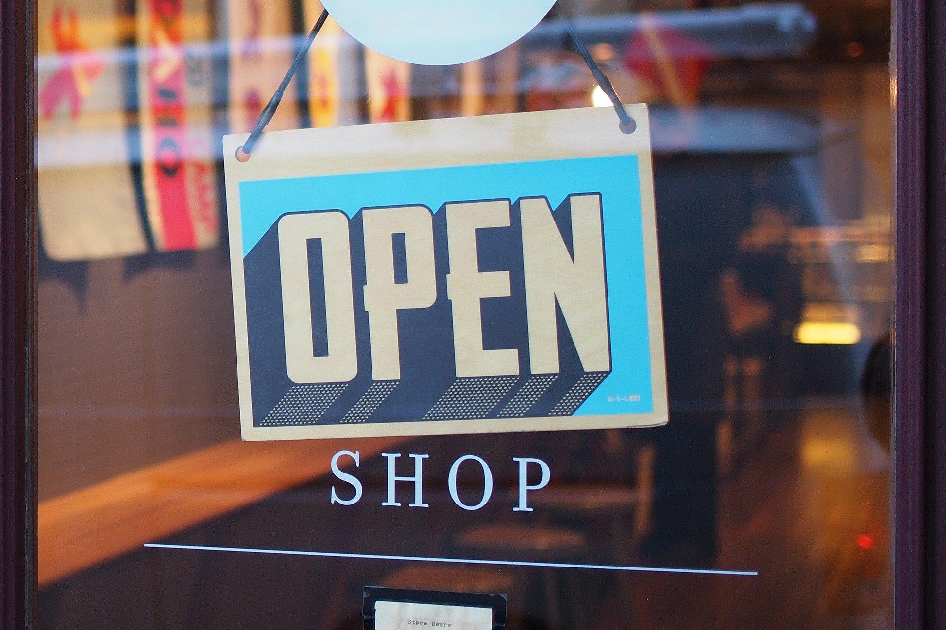 Il rilancio delle attività imprenditoriali e dei negozi attraverso tecnologia, digitale e comunicazione