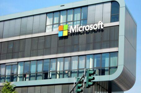 Microsoft cambia la strategia retail: stop ai negozi, vendite solo online