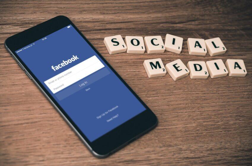 Addio da settembre alla vecchia interfaccia web di Facebook