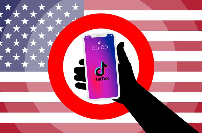 TikTok e WeChat banditi dagli App Store statunitensi