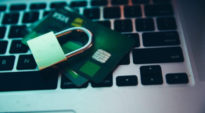 Le regole per uno shopping online più sicuro