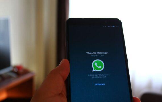 Nuove regole per WhatsApp. Tanta paura per nulla