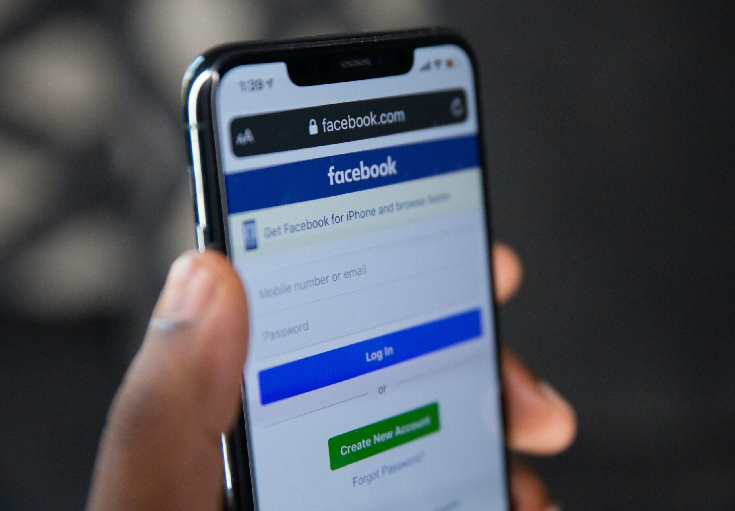 Facebook testa Neighborhoods per le comunità locali