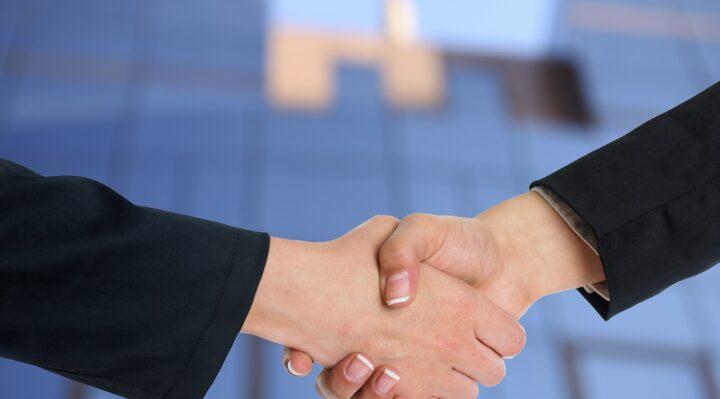 Come comportarsi durante i meeting di lavoro all'estero?
