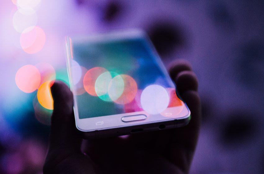 Aggiornato il Report 'Digital 2021': raggiunti i 5,27 miliardi di utenti mobile