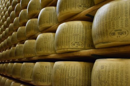 PiErre: un sistema intelligente per l'ecommerce del Parmigiano Reggiano